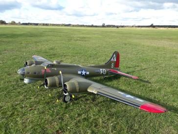 B 17 Bomber